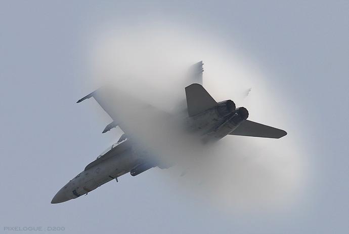 F-18_vapor cone_0505.jpg