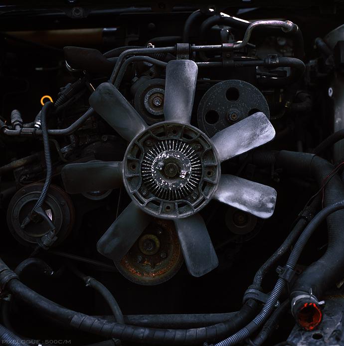 hasselblad_engine_01.jpg